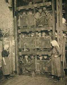 Belgian-Coalminers-in-a-Lift-620x788
